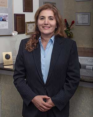 Dr. Maria Bredologos Mendrinos, DDS